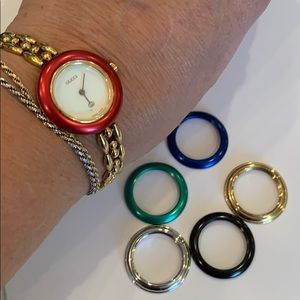 Gucci color change gold chain watch